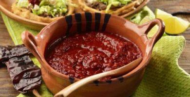 salsa guajillo